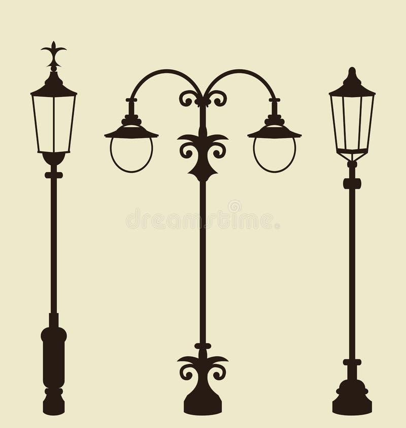 套葡萄酒各种各样的伪造的路灯柱 库存例证