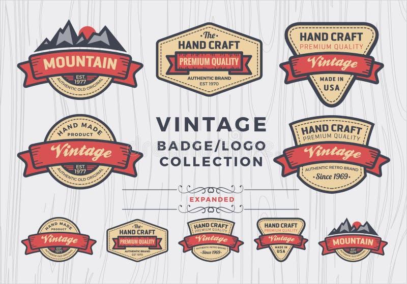 套葡萄酒徽章/商标设计,商标的减速火箭的徽章设计 库存例证
