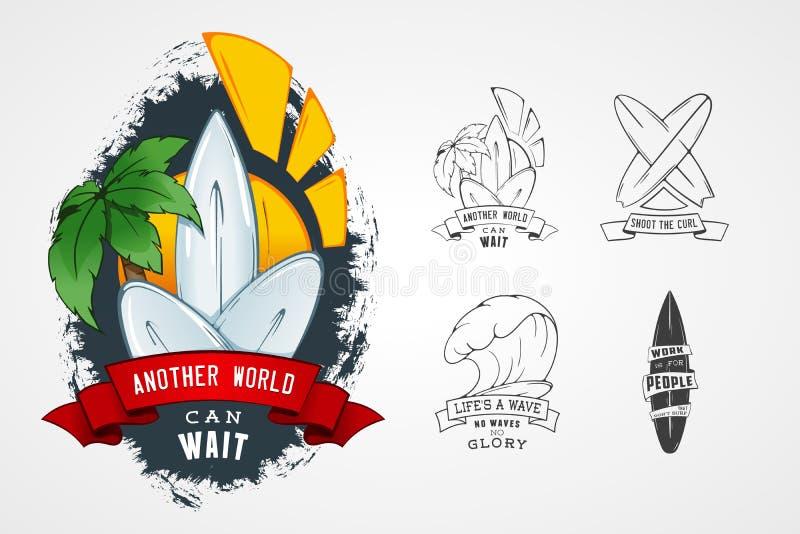 套设计商标的传染媒介样式在题材水,冲浪,海洋,海,棕榈,丝带,波浪, surfbord 向量例证
