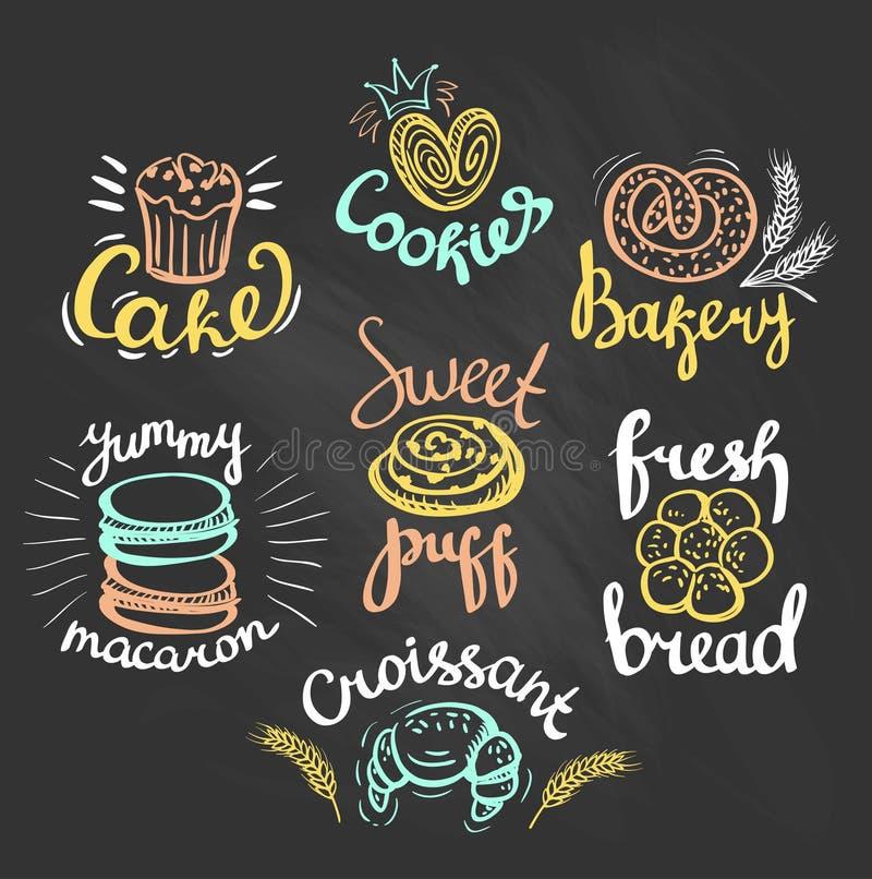 套颜色在黑板的面包店商标 面包店标签 皇族释放例证