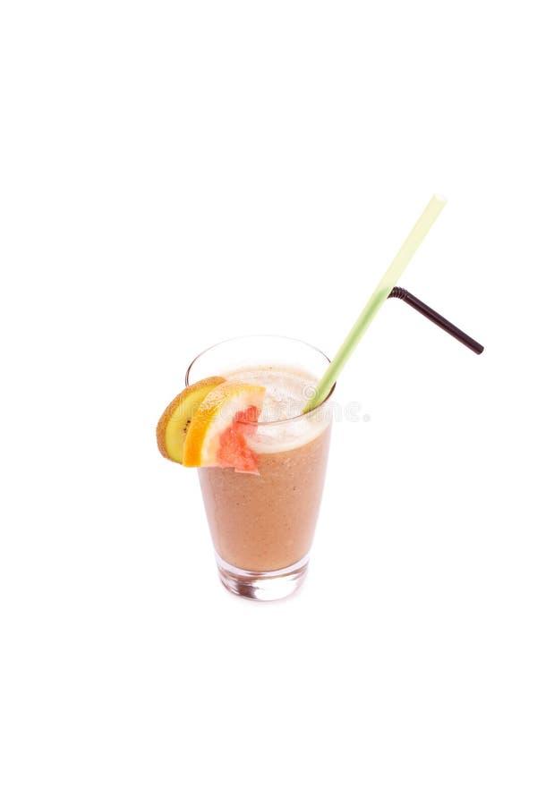套鸡尾酒白色背景软饮料ind前面  库存图片