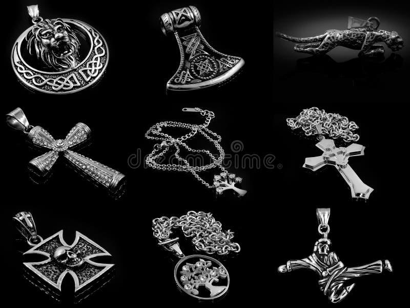 套jewelery照片 项链 375个大酒瓶左轮手枪不锈钢 免版税图库摄影