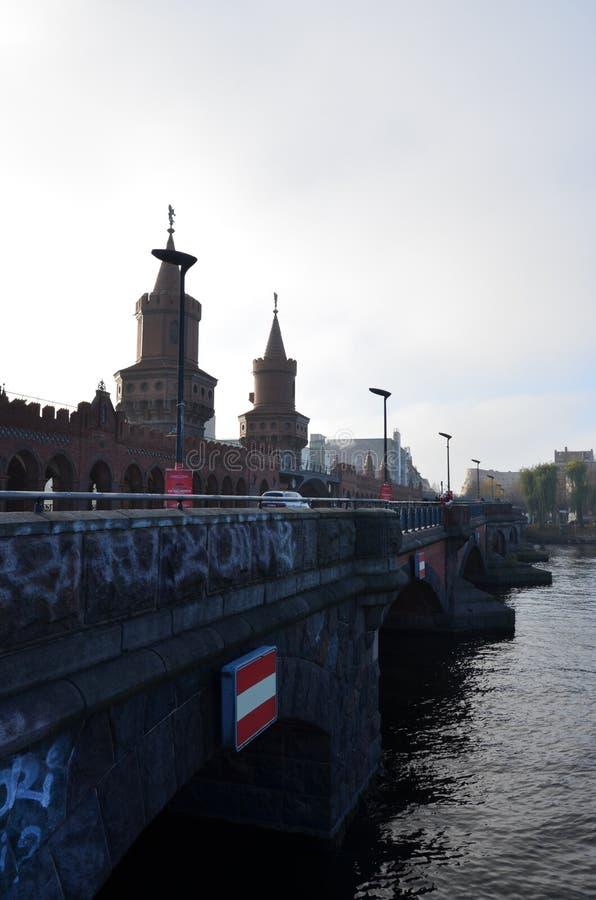 奥伯鲍姆桥在柏林 免版税库存照片