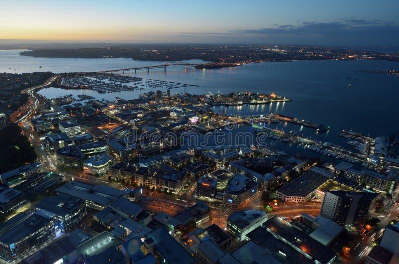 奥克兰市空中风景视图有怀特马塔港增殖比的 免版税库存照片