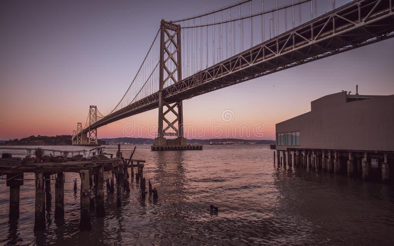 奥克兰海湾桥梁 免版税库存图片