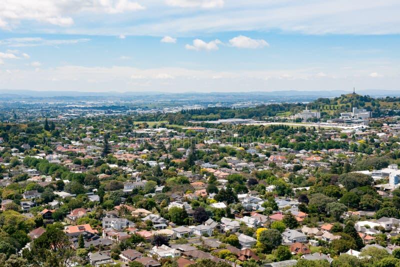 奥克兰,新西兰,从芒特伊登的鸟瞰图 免版税图库摄影