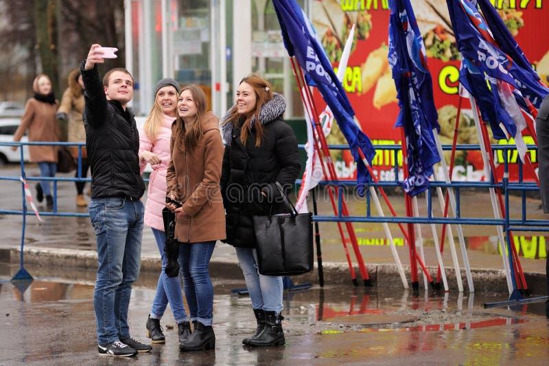 奥勒尔号,俄罗斯- 2016年3月18日:克里米亚的第二年周年 免版税库存照片