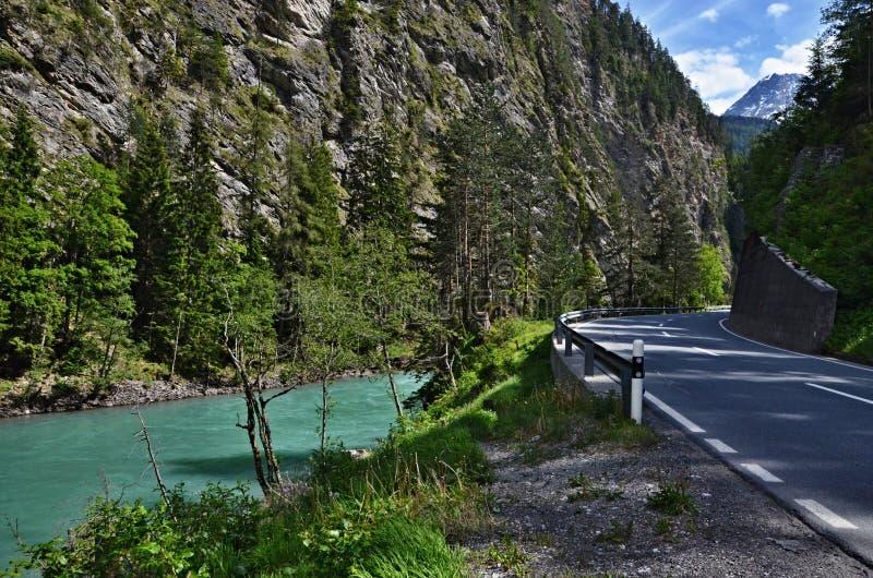 奥地利阿尔卑斯河旅馆 库存照片