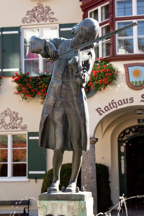 奥地利gilgen莫扎特st雕象 免版税图库摄影