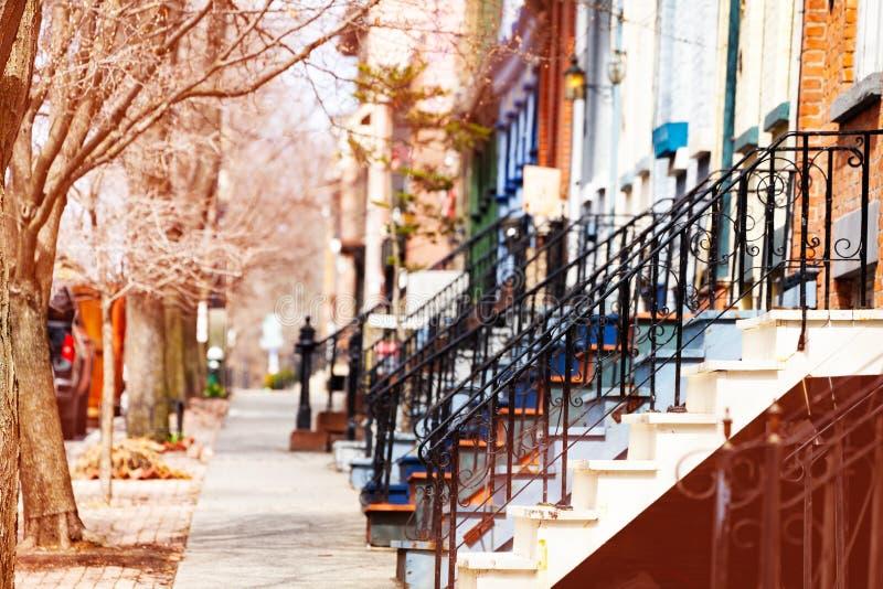 奥尔巴尼典型住宅楼的不同楼梯 免版税库存图片