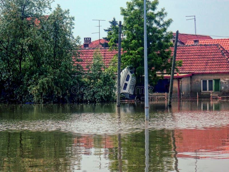 奥布雷诺瓦茨塞尔维亚- 2014年5月24日 洪水 库存照片