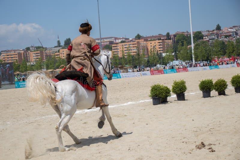 奥托曼在他的马的御马者骑马 图库摄影