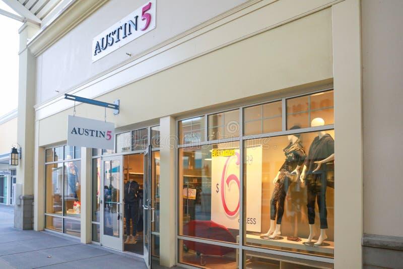 奥斯汀5商店在新泽西 免版税库存照片