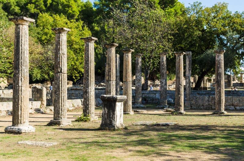 奥林匹亚,希腊- 2017年10月31日:古老奥林匹亚,伯罗奔尼撒半岛,希腊的废墟 免版税图库摄影