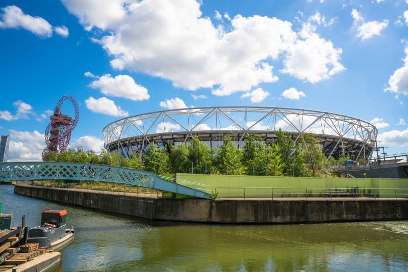 奥林匹克体育场在伦敦,英国 免版税库存照片