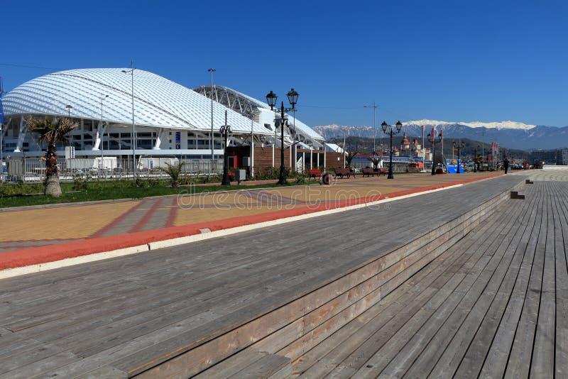 奥林匹克堤防和Fisht体育场在爱德乐,俄罗斯 免版税图库摄影