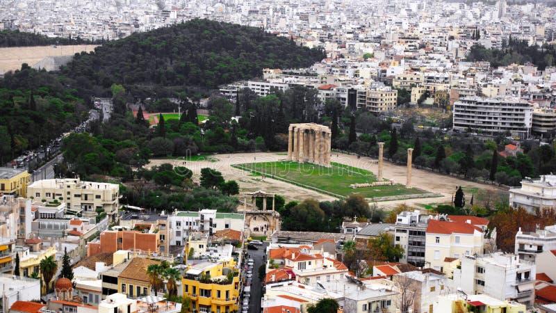 奥林山宙斯寺庙的废墟在雅典,希腊 库存照片
