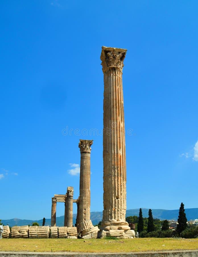 奥林山宙斯寺庙的雅典希腊专栏  库存照片