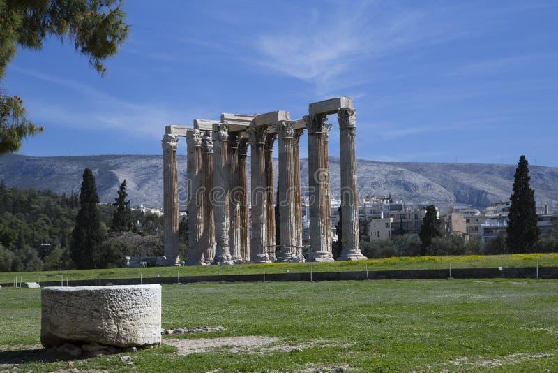 奥林山宙斯寺庙,雅典,希腊的专栏 库存图片
