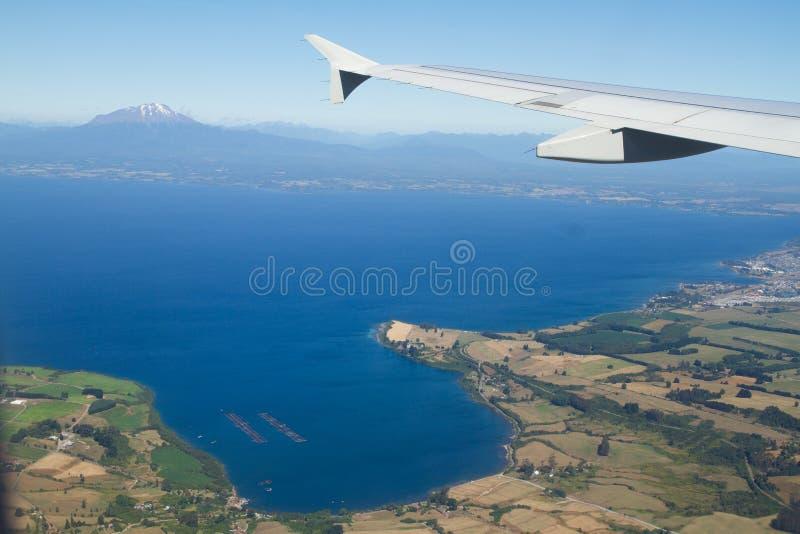 奥索尔诺火山武尔卡诺岛,巴塔哥尼亚,从天空的智利的看法 库存照片
