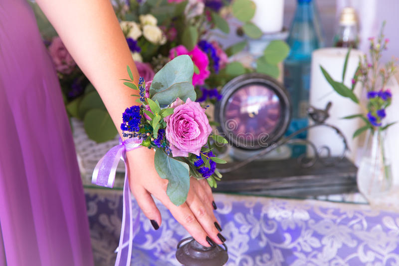 女傧相花 在葡萄酒样式的植物的构成 Th 库存照片