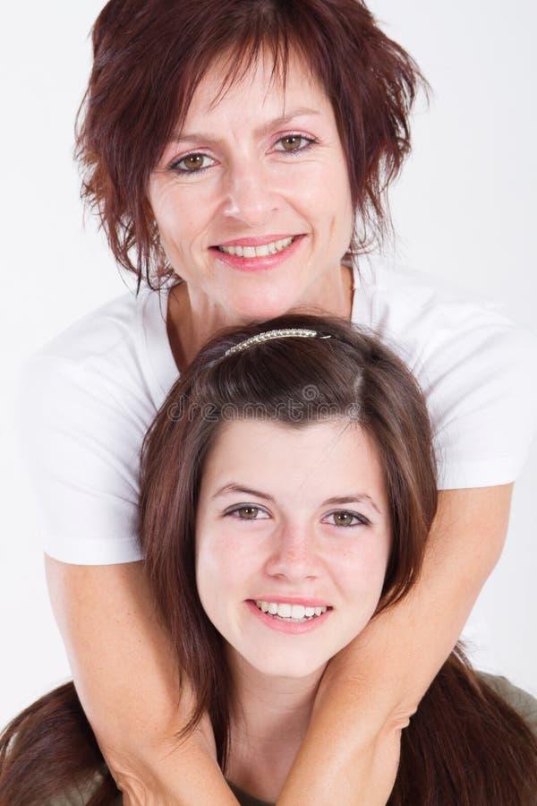 女儿母亲纵向 库存照片