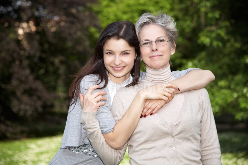 女儿母亲结构 免版税库存照片