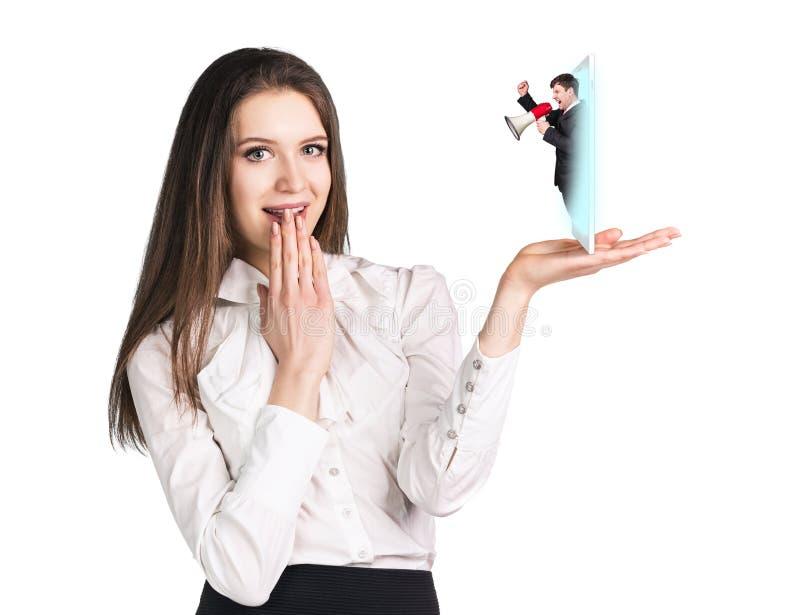 Download 女商人与手机讲话 库存图片. 图片 包括有 扩音机, 被攻击的, 蓝色, 动物, 论述, 交谈, 商业, 手提式扬声机 - 62527057