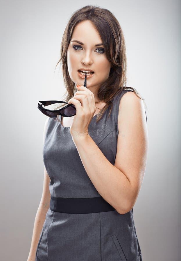 女商人假期概念 查出的玻璃晒黑白色 免版税库存照片