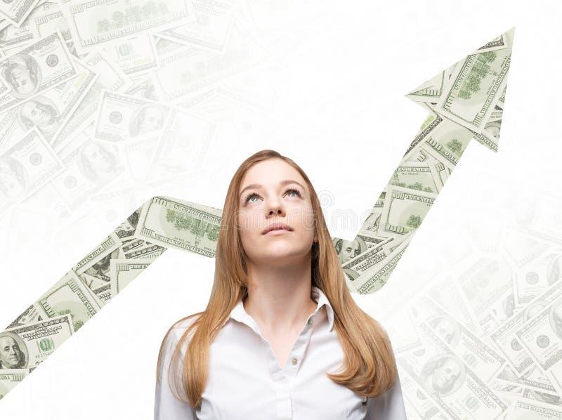 女商人查寻并且认为如何增加商业运作的回归 免版税图库摄影