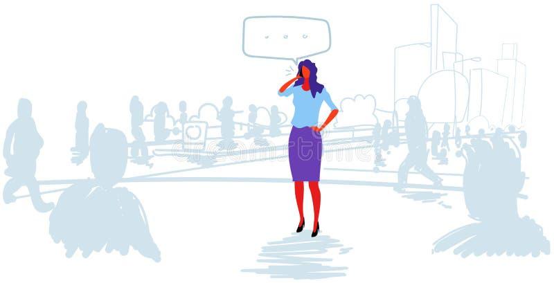 女商人谈的电话闲谈泡影通信女实业家身分室外从人群讲话交谈 皇族释放例证