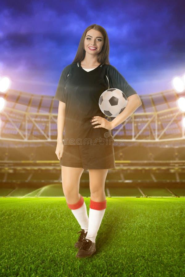 女子体育场的足球运动员 库存照片