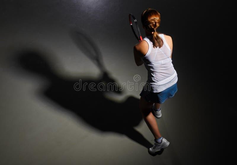 女子大网球员 免版税库存图片