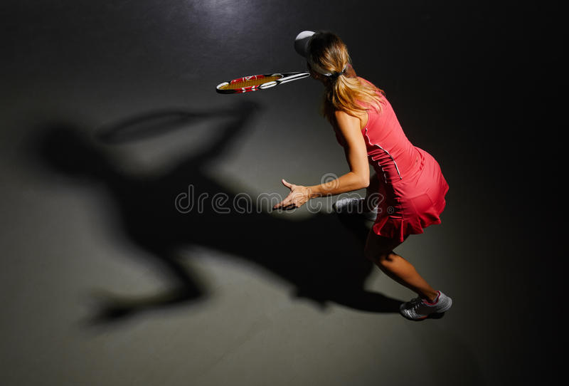女子大网球员 库存图片