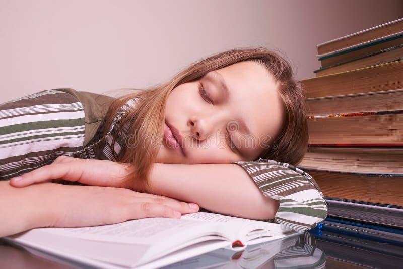 女孩休眠青少年 免版税库存照片