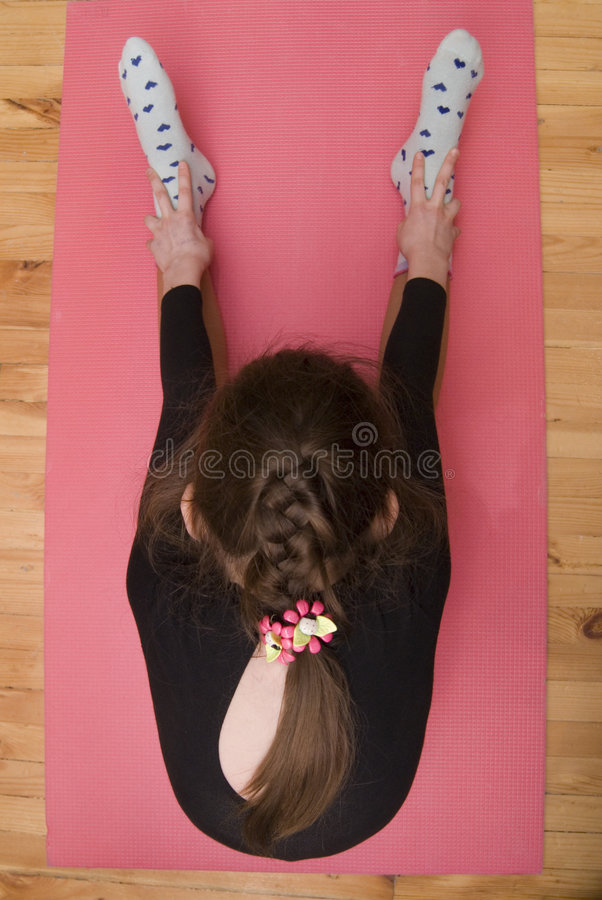 女孩体操 免版税库存照片