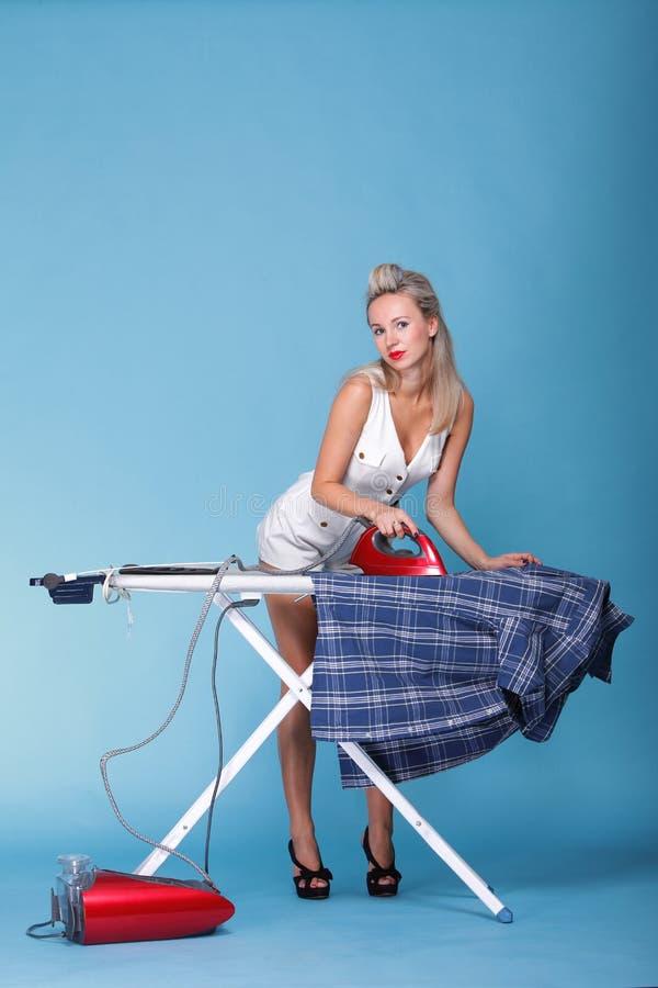 女孩减速火箭样式纵向妇女电烙的Pin 库存照片