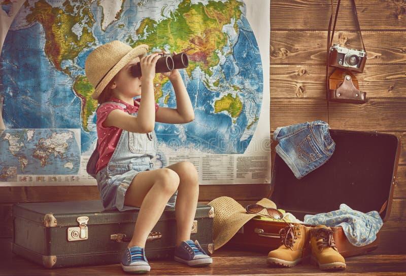 女孩包装袋子 免版税库存照片