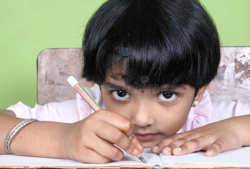 女孩印地安人学校 图库摄影
