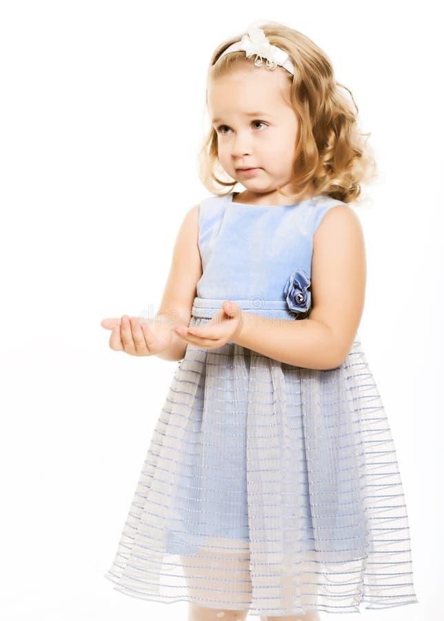 女孩可爱的一点 免版税库存图片