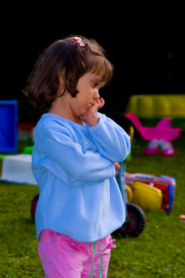 女孩哀伤的年轻人 图库摄影