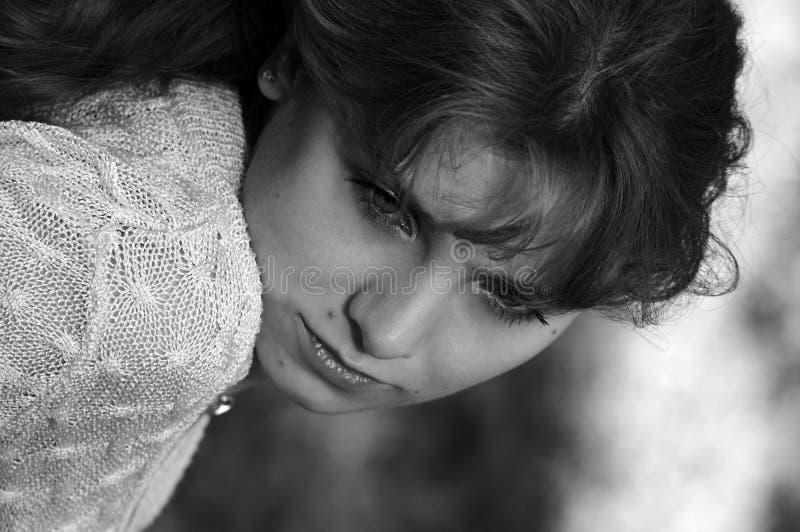 女孩哀伤的年轻人 库存图片