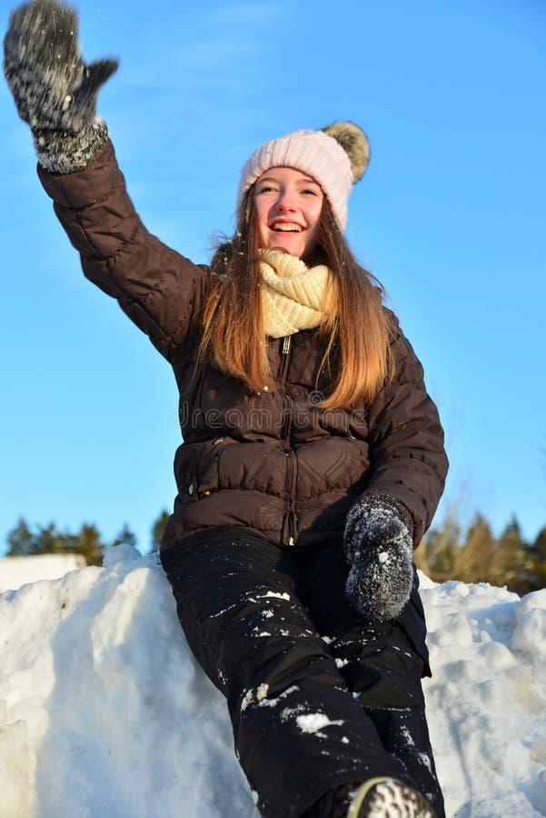 女孩在雪冬天 库存图片