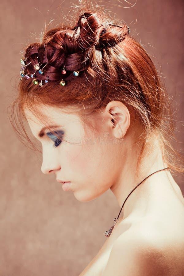 女孩头发红色年轻人 图库摄影