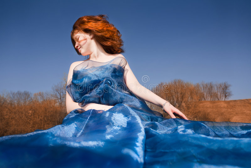 女孩头发红色年轻人 免版税库存照片