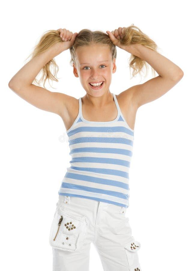 女孩头发递她的暂挂年轻人 免版税库存图片