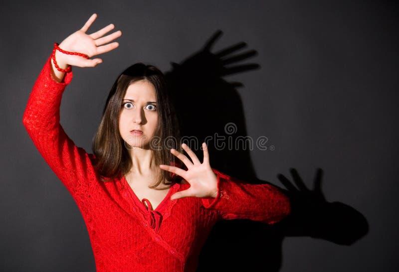 女孩害怕 免版税图库摄影
