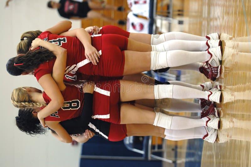 女孩小组排球 免版税库存图片