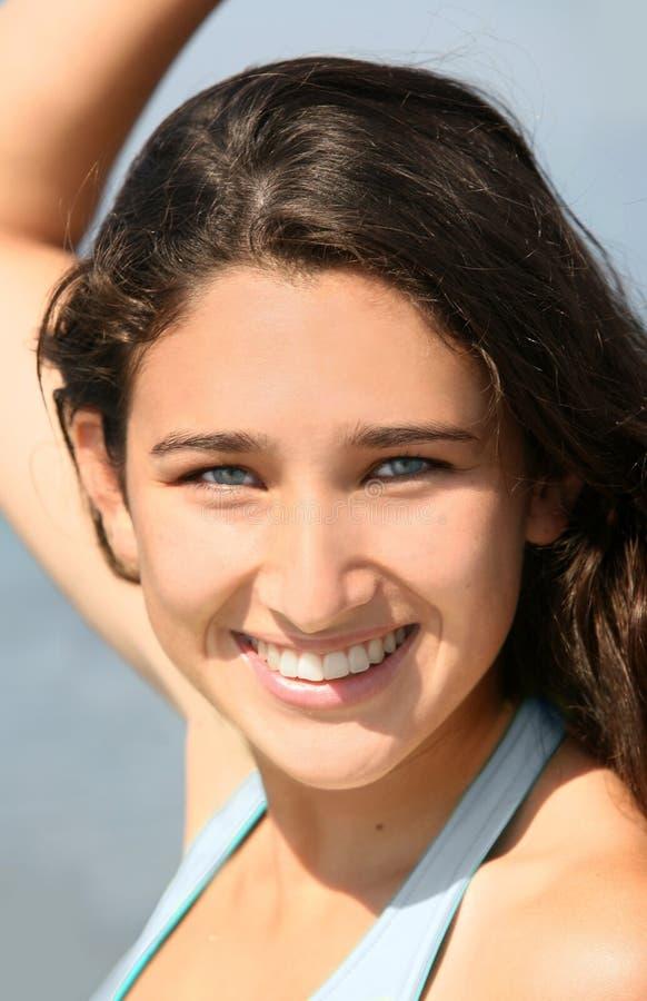 女孩微笑少年 免版税库存图片