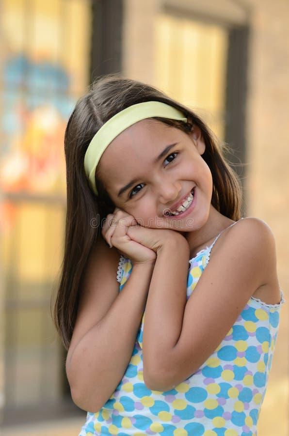 女孩微笑甜点 库存照片